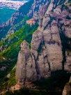Klostrene klorer seg fast i fjellsiden
