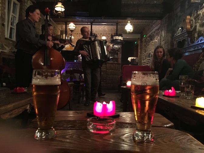 Vinski Bar Antik  – Musikk fra Balkan